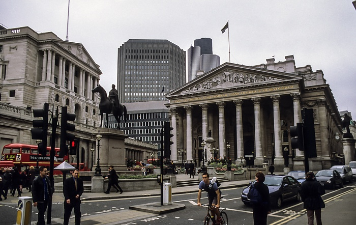 City of London: Reiterstandbild des Duke of Wellington, Royal Exchange London 1998