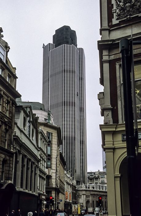 City of London: Bishopsgate - Tower 42 (National Westminster Tower) London 1998