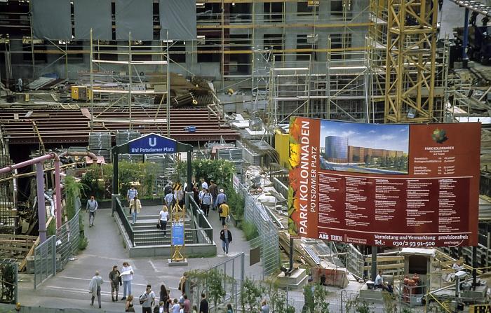 Blick von der Info-Box Potsdamer Platz: Park Kolonnaden (Baustelle) Berlin 1999