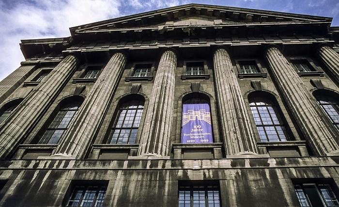 Museumsinsel: Pergamonmuseum Berlin 1999