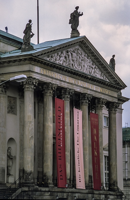 Unter den Linden: Staatsoper Unter den Linden Berlin 1999