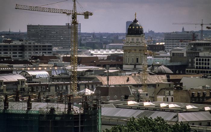 Blick vom Berliner Dom: Friedrichstadt mit Deutschem Dom Axel-Springer-Hochhaus Deutscher Dom