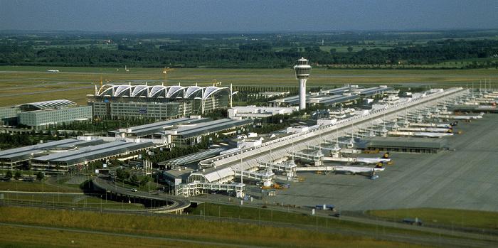 Flughafen München Franz Josef Strauß Flughafen Franz Josef Strauß Luftbild aerial photo