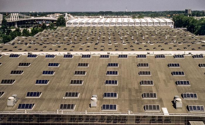 Hannover EXPO 2000: Messehallen 4 bis 7 Fernmeldeturm Messehalle 2 Messehalle 4 Messehalle 5 Messehalle 6 Messehalle 7
