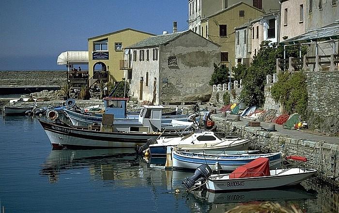 Centuri-Port Hafen