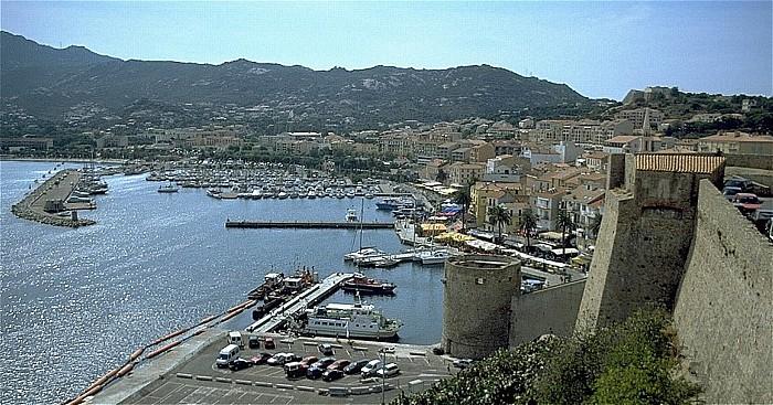 Calvi Blick von der Zitadelle: Hafen, Altstadt