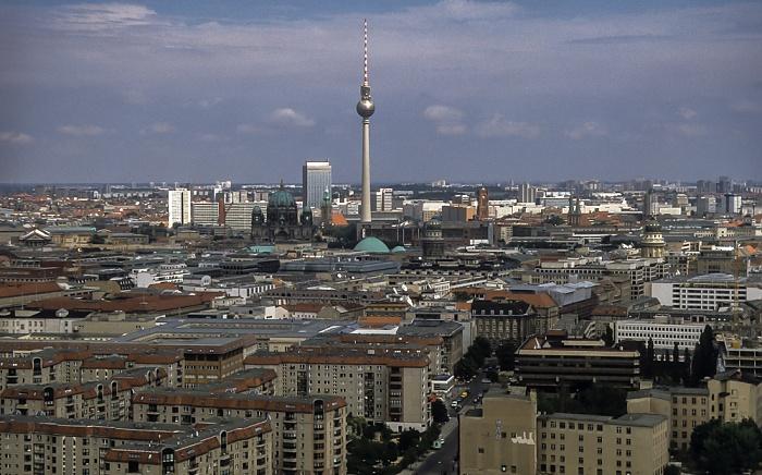 Blick vom Gebäude Potsdamer Platz 1: Blick in Richtung Mitte Berlin 2001