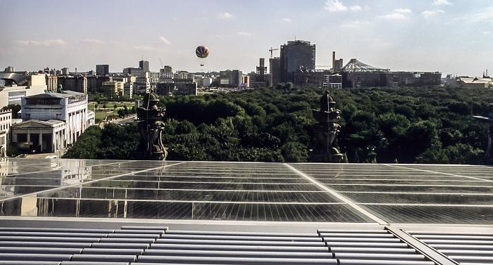 Blick vom Dach des Reichstagsgebäudes: Großer Tiergarten Berlin 2001
