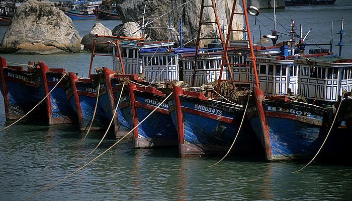 Nha Trang Blick von der Xom Bong-Brücke: Fischerboote