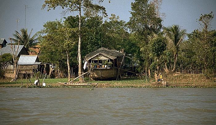Mekong-Delta Trockengelegtes Hausboot