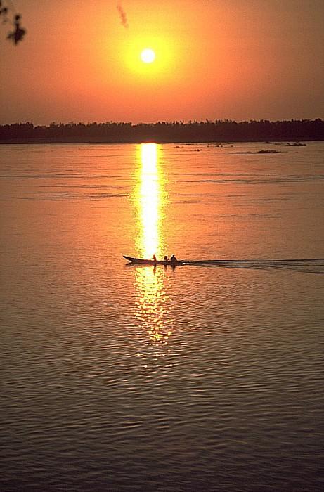 Kratie Sonnenuntergang über Mekong