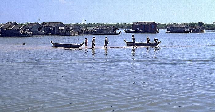 Tonle Sap Schwimmendes Dorf in der Mündung des Siem Reap-Flusses