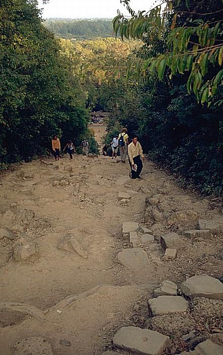 Angkor Aufstieg zum Phnom Bakeng