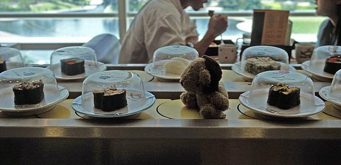 Kuala Lumpur Sushi King unterhalb der Petronas Towers: Teddy