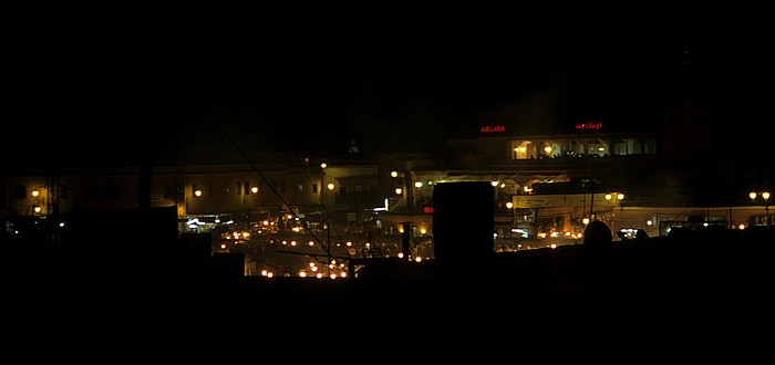 Marrakesch Blick vom Hotel Afriquia: Place Djamaa el-Fna Place Djemaa el Fna