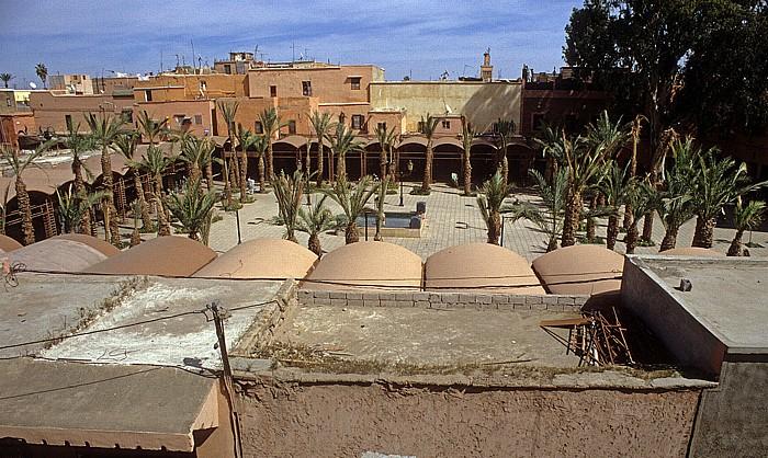 Marrakesch Blick vom Restaurant De Paris: Place des Ferblantiers