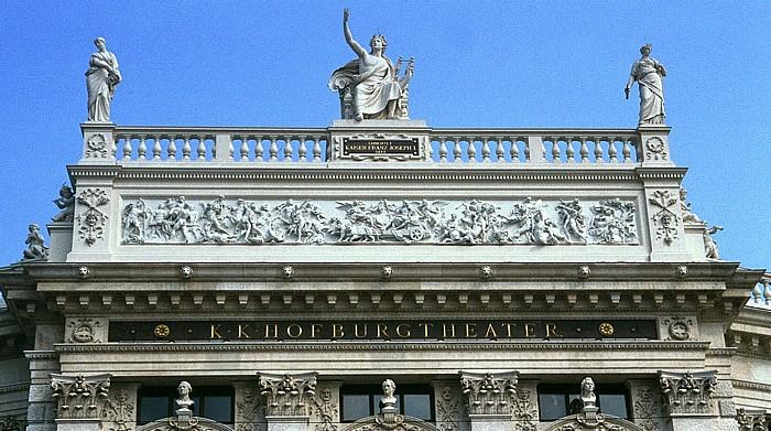 Innere Stadt: Wiener Ringstraße (Universitätsring) - Burgtheater Wien 2003