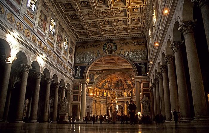 St. Paul vor den Mauern: Mittelschiff und Apsis Rom