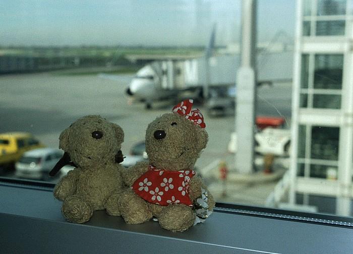 Flughafen München: Teddy und Teddine Flughafen Franz Josef Strauß