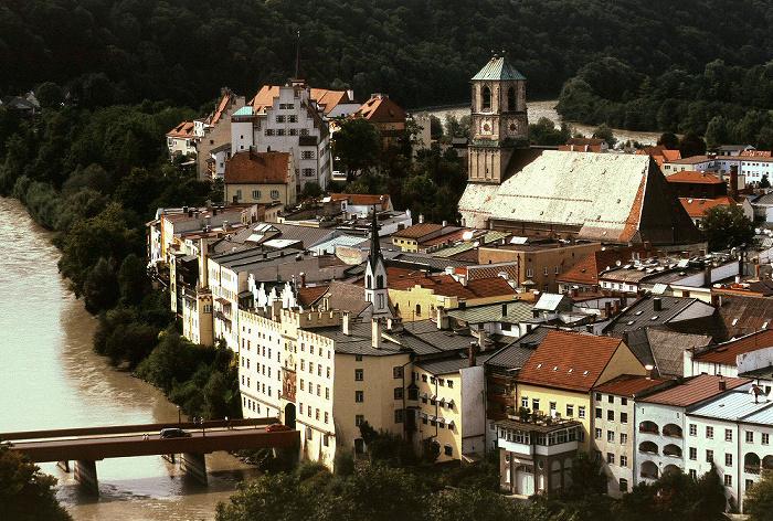 Wasserburg am Inn Schöne Aussicht: Burg und Pfarrkiche St. Jakob Aussichtspunkt