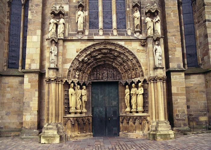 Trier Liebfrauenkirche: Eingangsportal