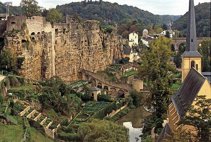 Luxemburg Bock-Kasematten und Unterstadt Grund mit St. Johann