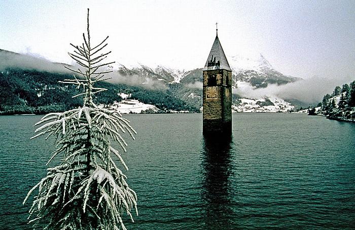 Reschensee Kirchturm von Alt-Graun Kirchturm Graun