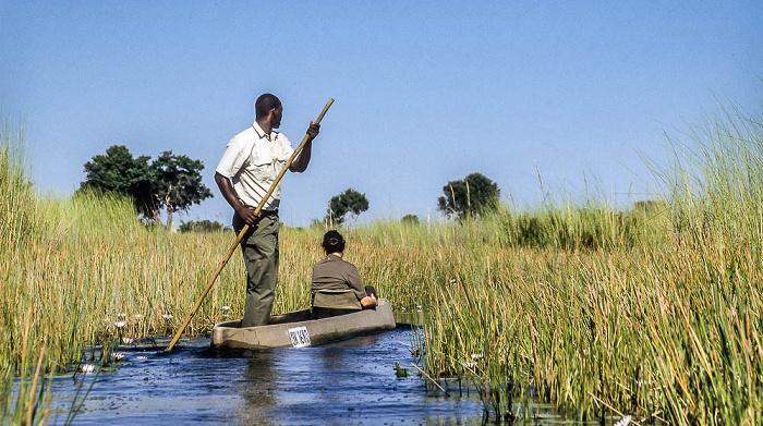 Okavango-Delta Jacob und Cordula im Mokoro