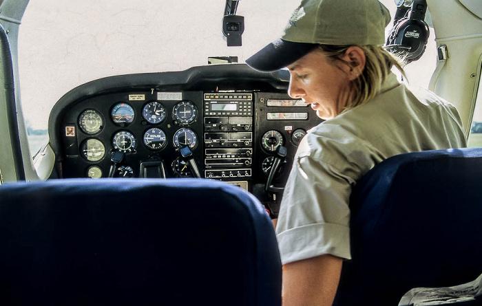 Okavango-Delta: Kwara-Flugfeld - Cessna 206