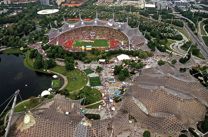 Blick vom Olympiaturm: Olympiastadion München 2005