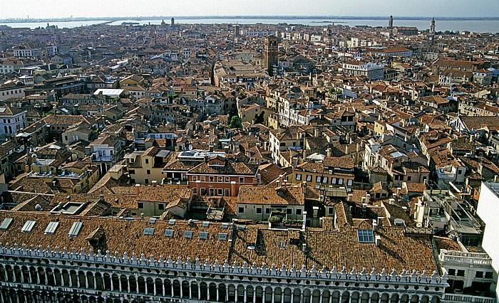 Venedig Blick vom Campanile Procuratie Vecchie