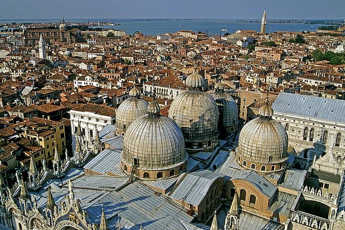 Venedig Blick vom Campanile: Basilica San Marco Murano San Michele Santi Giovanni e Paolo