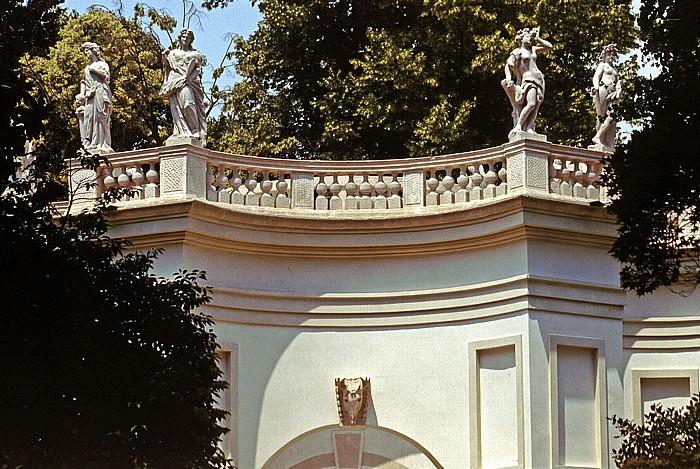Stra Park der Villa Pisani: Belvedere-Exedra