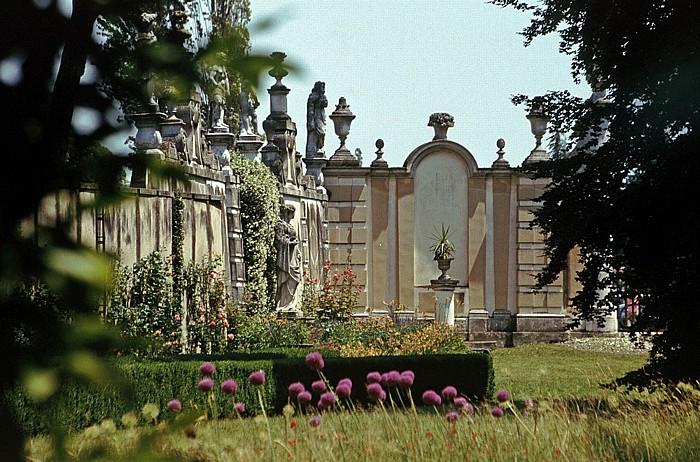 Stra Park der Villa Pisani: Mauer, die die ehem. Zitronenpflanzung abschließt