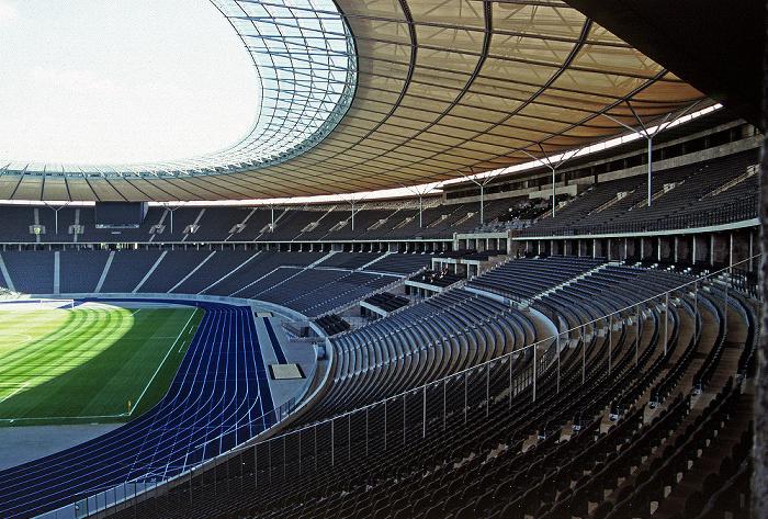 Berlin Olympiastadion: Haupttribüne