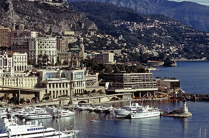 Monaco Blick vom Schlosshügel: Hafen und Monte Carlo Casino Hotel de Paris