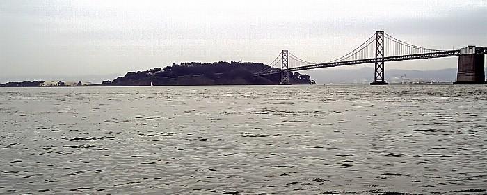 San Francisco-Oakland Bay Bridge über die San Francisco Bay Treasure Island Yerba Buena Island