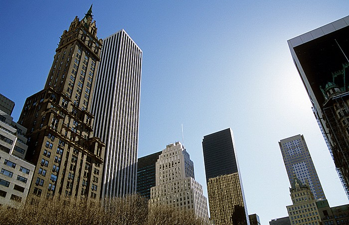 New York City Sherry Netherland Hotel, rechts dahinter das General Motors Building Solow Building Trump Tower