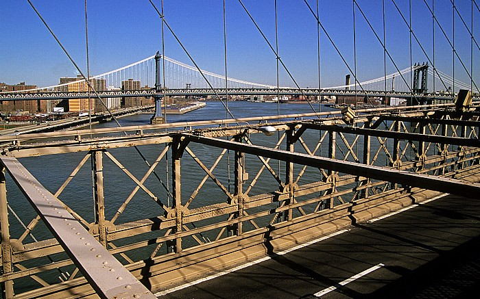 New York City Brooklyn Bridge East River Manhattan Manhattan Bridge