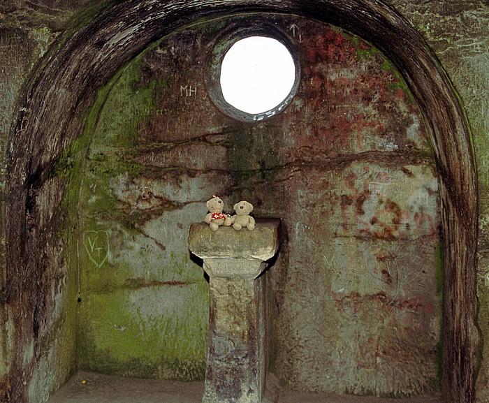 Horn-Bad Meinberg Externsteine: Altarnische auf dem Turmfelsen
