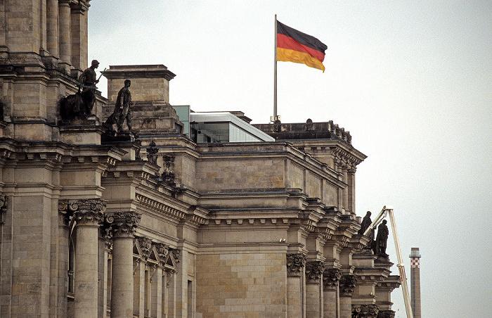 Tiergarten (Regierungsviertel): Reichstagsgebäude (Gebäuderückseite) Berlin 2006
