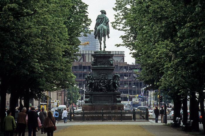 Mitte: Unter den Linden - Reiterstandbild Friedrichs des Großen Berlin 2006