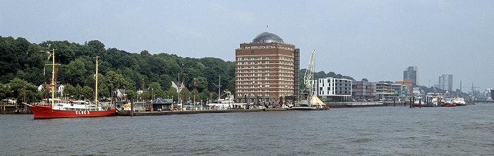 Museumshafen Oevelgönne, Augustinum Hamburg (ehem. Union-Kühlhaus), Polderbebauung Neumühlen Hamburg