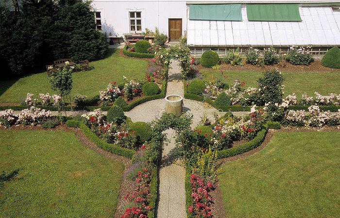Fraueninsel Kloster Frauenwörth: Klostergarten