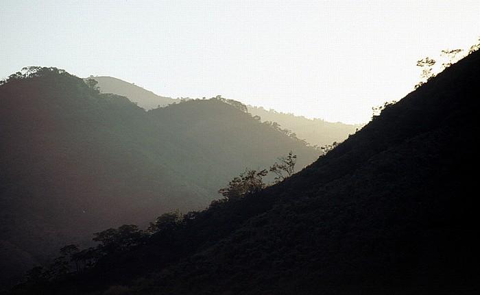 Livingstonia Blick vom Campingplatz Lukwe Eco Camp