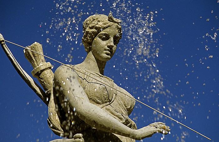 Altstadt: Piazza Archimede - Artemis-Brunnen Syrakus