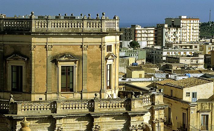 Noto Blick vom Capanile von Chiesa S. Carlo: Palazzo Ducezio