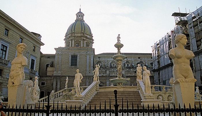 Palermo Piazza Pretoria Chiesa di San Giuseppe dei Teatini