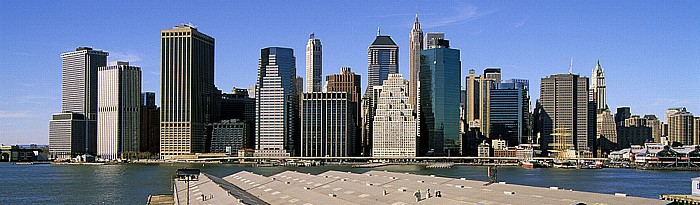 Blick von der Brooklyn Heights Esplanade: Manhattan Downtown (Financial District) New York City