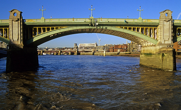 Southwark Bridge, Themse London